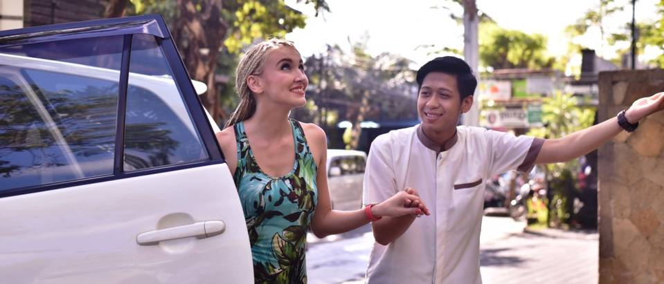 AIRPORT TRANSFER - The ONE Legian Hotel