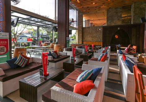 The Deck Interior - The ONE Legian Hotel